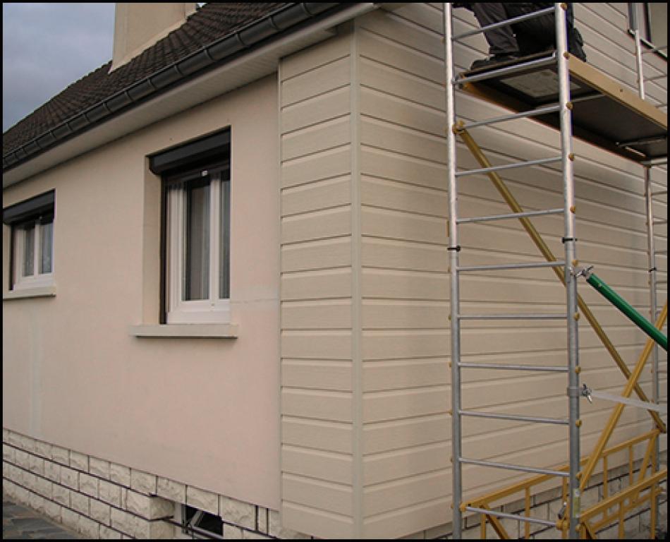 R alisation bardage maison isolation habitat par l 39 ext rieur for Bardage de facade maison