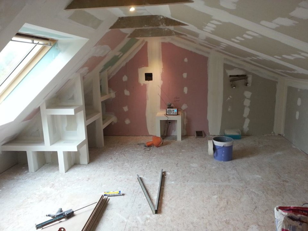Isolation plafond rampants et soubassements cr ation de for Plafond combles placo